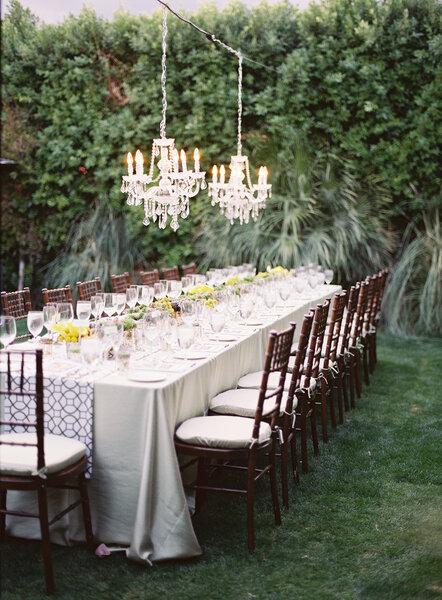 30 hermosos montajes de boda para una recepci n al aire for Decoracion de jardin al aire libre