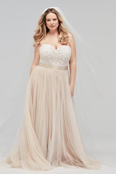 Les plus belles robes pour femmes rondes