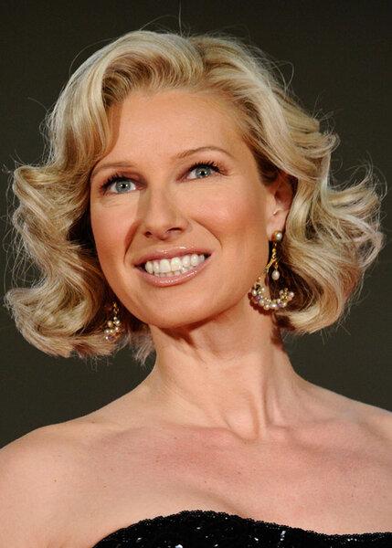 10 peinados de famosas para invitadas de boda - Peinados de novia con flequillo ...