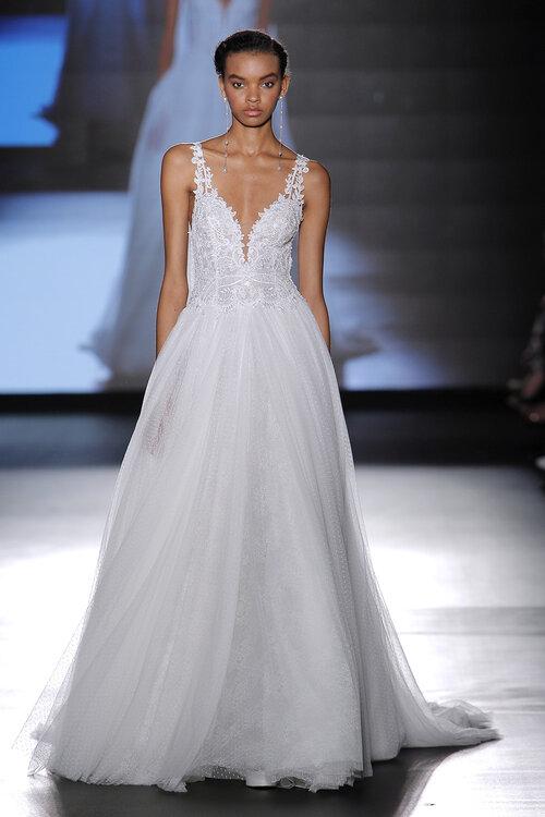 Verpassen Sie nicht diese 70 sexy Brautkleider 2018! Designs voller ...