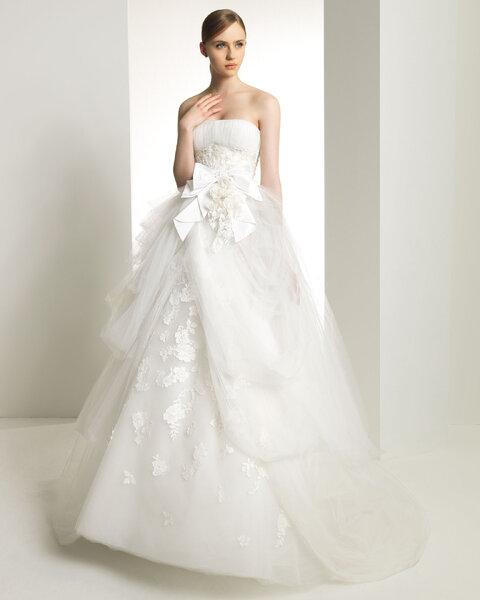 Suknia ślubna z kolekcji Zuhair Murad by Rosa Clara 2013, model: Kansas