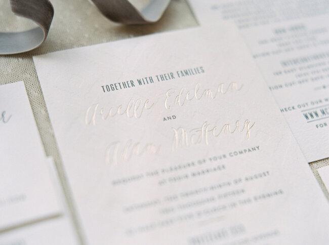 35 preciosas invitaciones de boda en color blanco para 2016 los 35 preciosas invitaciones de boda en color blanco para 2016 los diseos ms elegantes altavistaventures Image collections