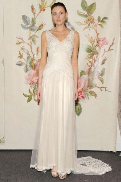 Suknia ślubna z trenem z kolekcji Claire Pettibone 2014