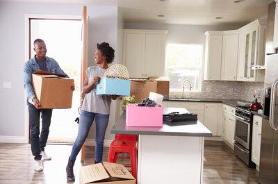 ¿Comprar o alquilar casa? Las claves para tu primera vivienda en común