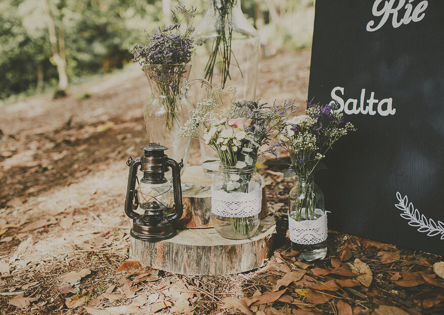 How To Decorate a Rustic-Chic Wedding: 5 Creative Steps