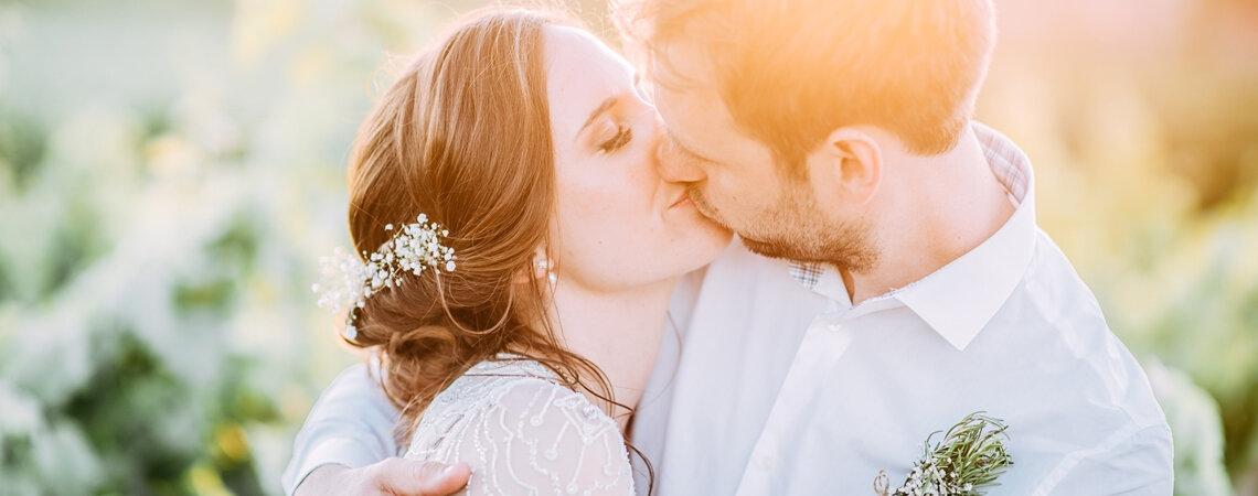 25 frases de Mario Benedetti para convites de casamento: As mais românticas!