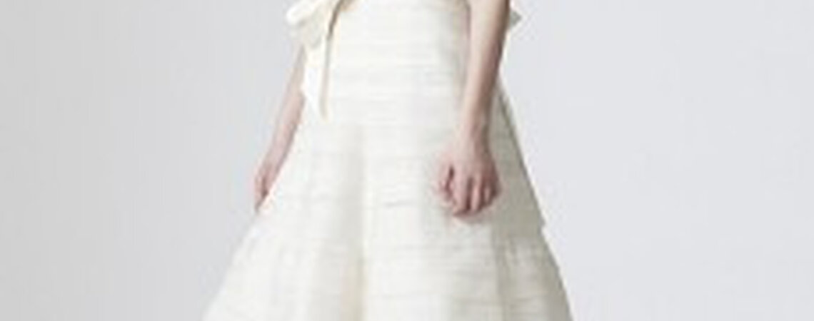 Les robes de mari e vera wang revisitent la tendance 2010 for Vera wang robes de mariage d hiver