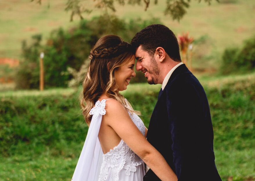 Casamento rústico de Aline e Victor: delicado, romântico e repleto de detalhes DIY