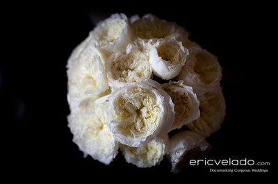Weiße Rosen für den Brautstrauß-Klassiker