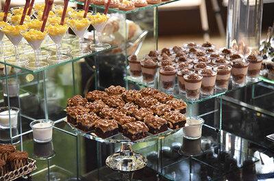 Mesa de postres gourmet: Lo más delicioso para una boda de lo más chic