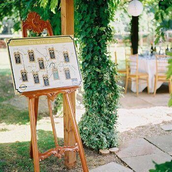 Real wedding estilo retrô na cor esmeralda e dourado