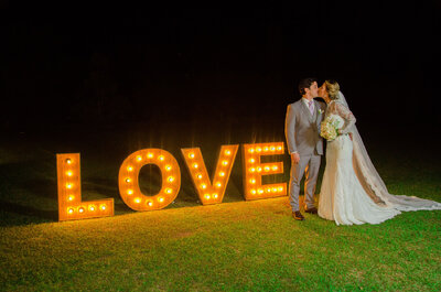 Manoela & André: casamento no campo com decoração rústica maravilhosa ao ar livre!