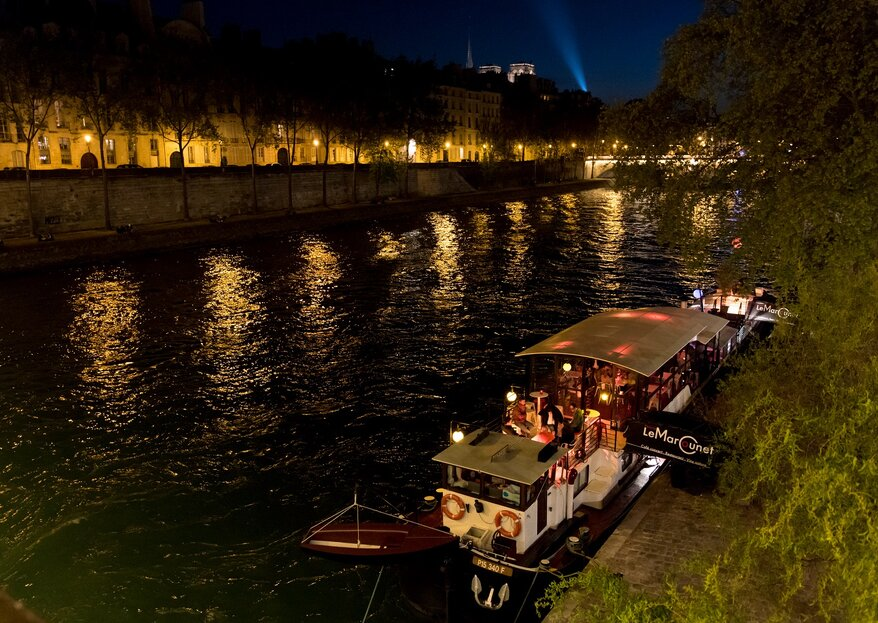 Faites de la Péniche Le Marcounet l'écrin romantique de votre mariage à Paris