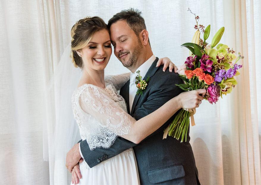 Mariana & Giuvan: casamento intimista e elegante com linda decoração romântica e toque clássico