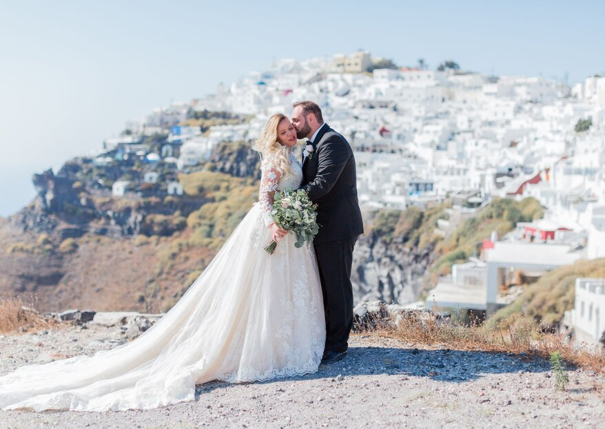 Your dream destination wedding in Santorini planned to perfection by Sandra Ebner