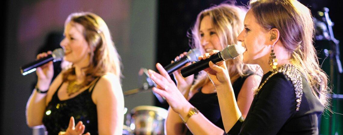 Deze muzikale toppers uit Noord-Holland zorgen voor de beste sfeer op jullie bruiloft!