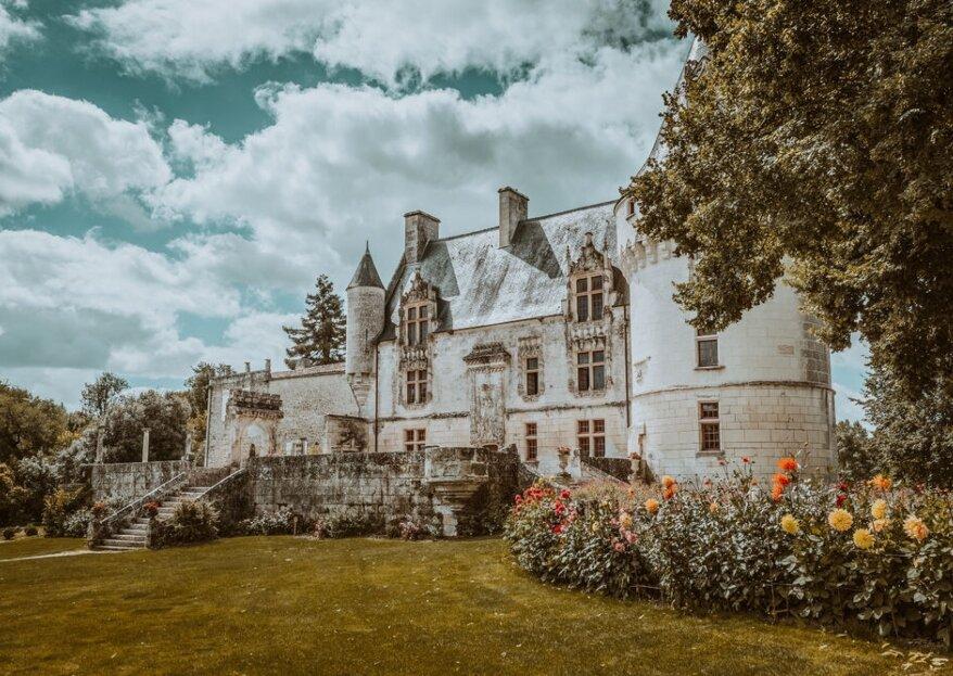 Château de Crazannes : offrez un voyage hors du temps à vos invités dans le véritable château du Chat Botté