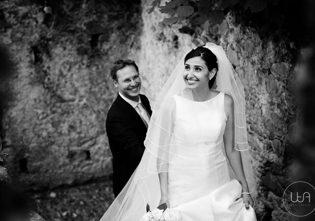 Artistic and Timeless: Why Choose Black and White Wedding Photography?