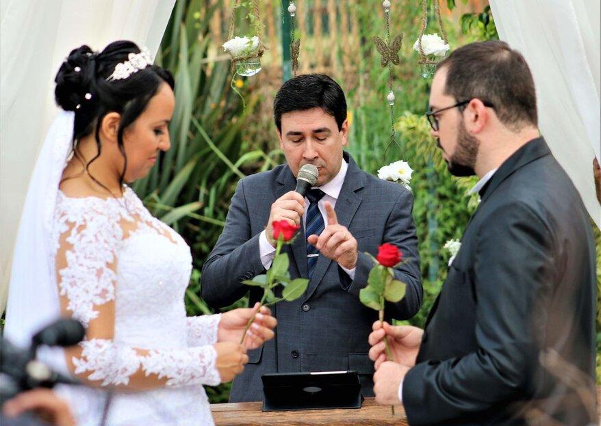 Celebrante Paulo Ramos: experiência e sensibilidade para conduzir cerimônias de casamento personalizadas que proporcionam aos noivos e seus convidados um momento especial e inesquecível