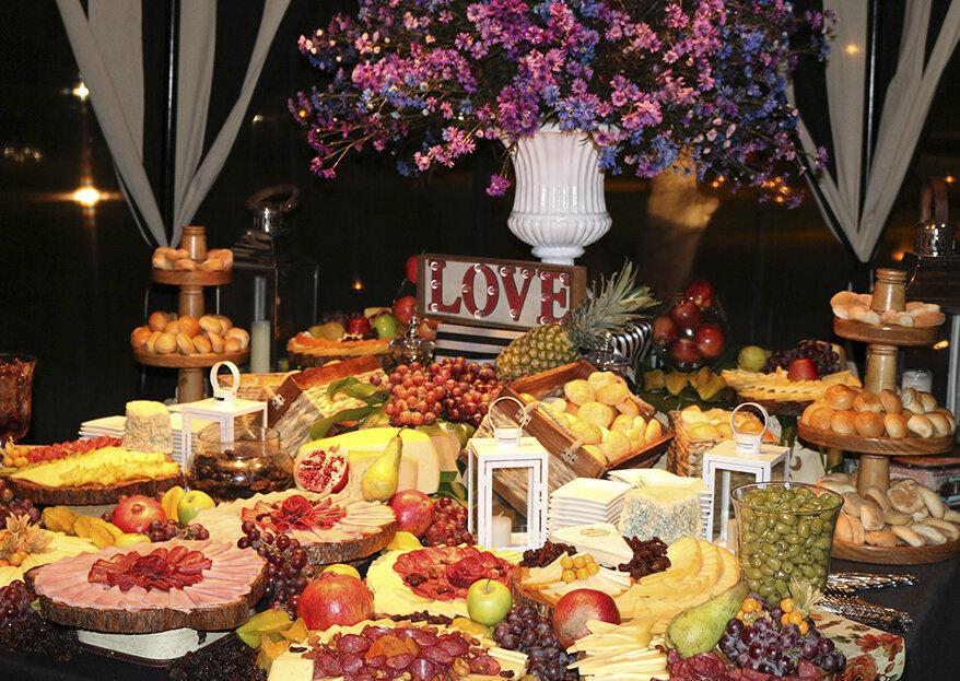 Para un buffet o plato servido en tu matrimonio... ¡Ambrosía Catering nos orienta!