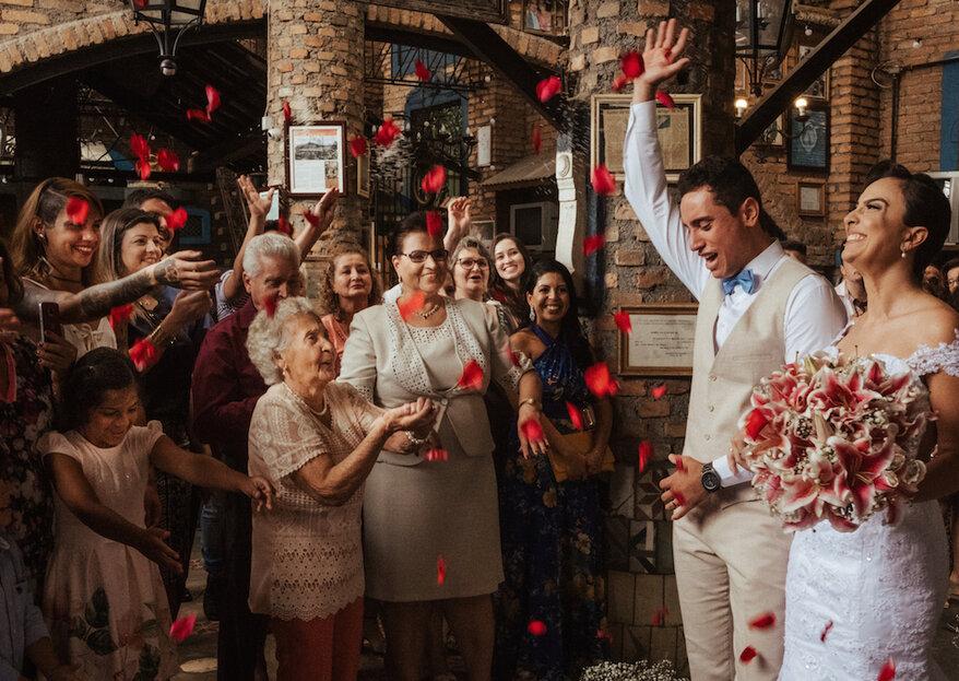Julia Rezende Fotografia: vocação e amor pela arte de fotografar casamentos que encanta noivos em busca de um olhar autoral para eternizar grandes momentos