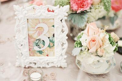 Mucha vida en el banquete: Decora las mesas de tu boda con los más divertidos y originales indicadores de mesa