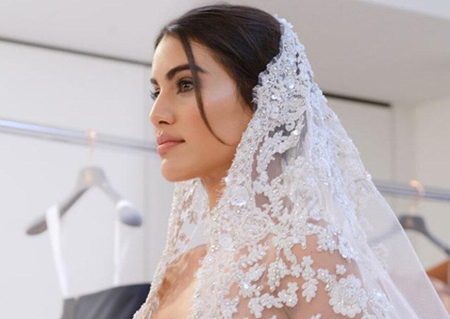 Camila Coelho desfila com vestido de noiva para Ralph & Russo