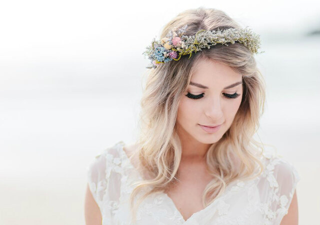 Como escolher o penteado e a maquiagem para o meu casamento em 5 passos