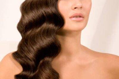 Penteados clássicos e modernos para noivas de cabelo comprido
