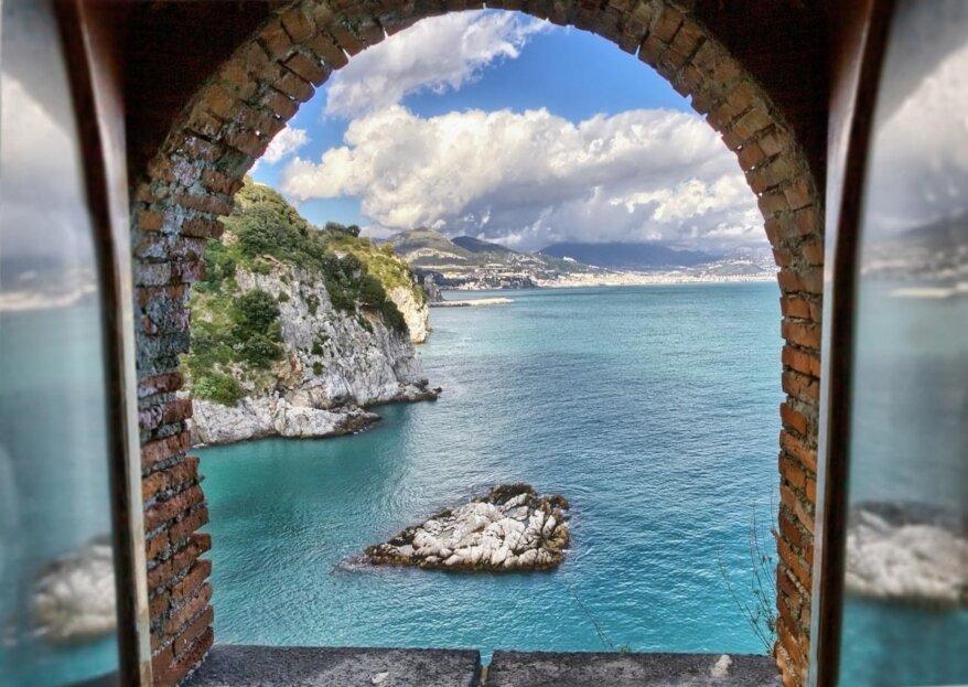 Una torre, un panorama mozzafiato e la Costiera Amalfitana: ecco il matrimonio perfetto a Torre La Cerniola