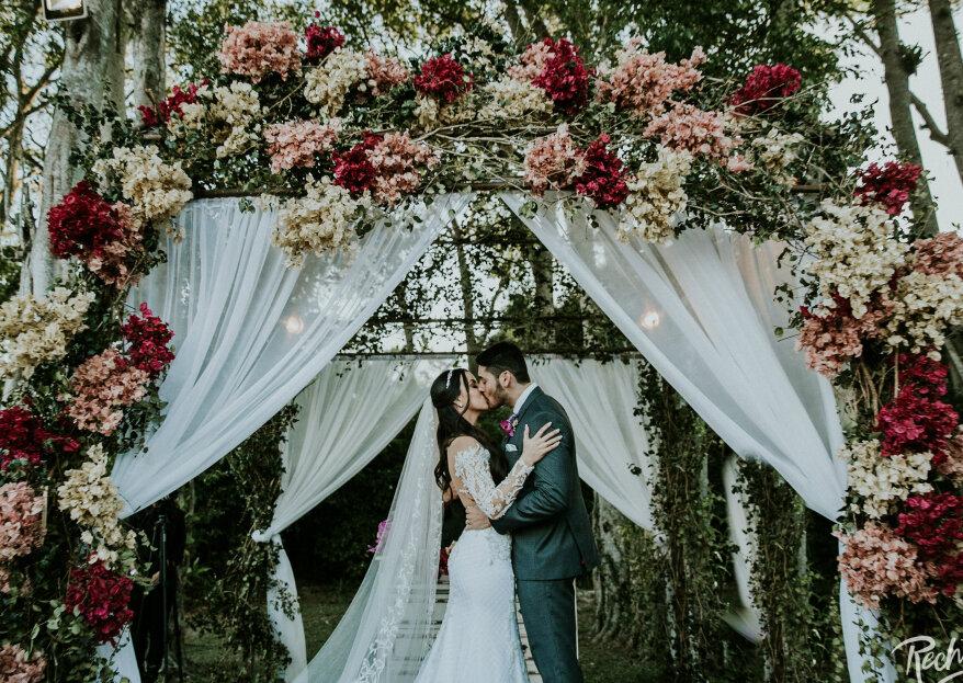 Casamento rústico chic de Natália e Henrique: uma celebração especial em meio aos belíssimos cenários do Galeria Jardim!