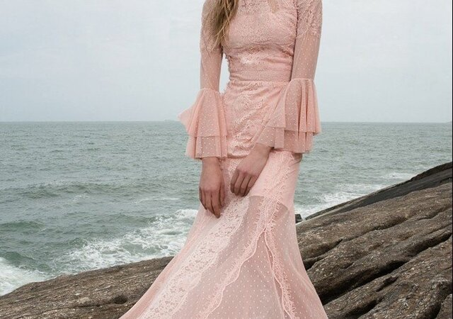 Conheça o novo e-commerce moda festa La Vita e descubra modelos super estilosos que vão te encantar!