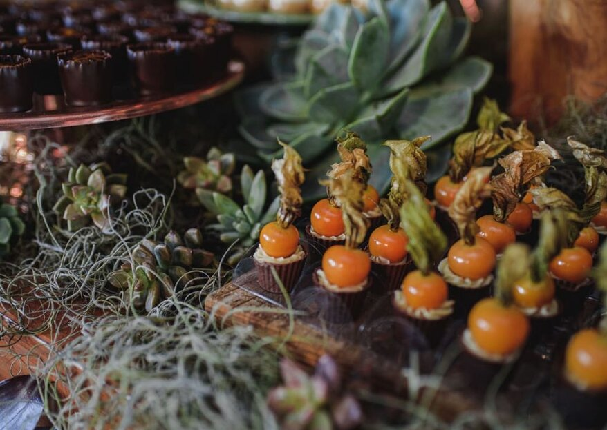 Mesa de doces e sobremesas deliciosas: para cada casamento um estilo. Escolha o seu!