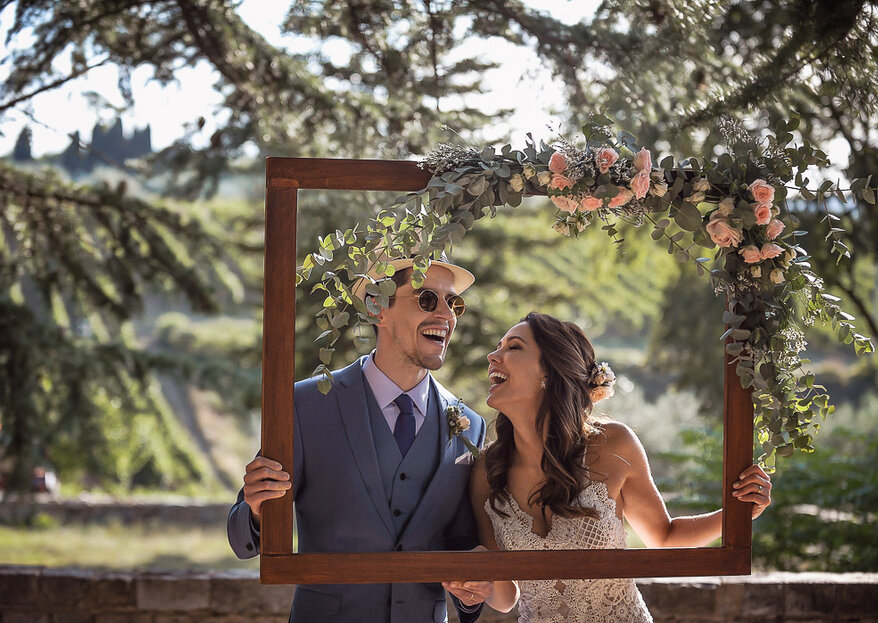 Haline & Yuri: Destination wedding em um castelo medieval na Itália com decoração boho-chique assinada pela decoradora Kellen Lauxen