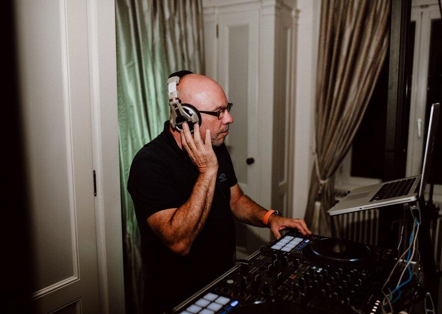 DJ Bischof weiß genau, welche Musik perfekt zu Ihrer Traumhochzeit passt – modern, abgestimmt & stimmungsvoll