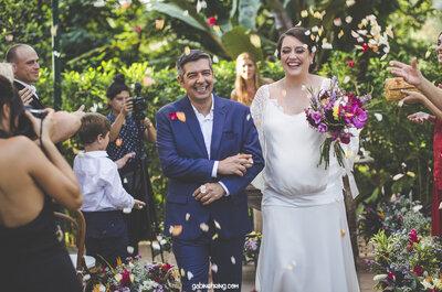 Casamento de Debora & Paulo: noiva gravidíssima e cerimônia celta com muito verde ao redor!