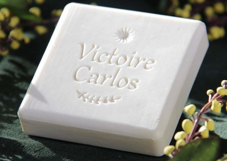 Des savons parfumés personnalisés, élégants et uniques pour vos invités avec Comme un Murmure