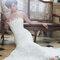 Suknia ślubna z kolekcji Cymbeline 2014.Model: HALLIE