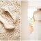 Zapatos de novia con brillos y aplicaciones - Foto Peter and Veronkia Photography