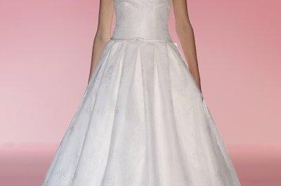Ein Traum in Weiß: Die neuen Brautkleider 2015 von Hannibal Laguna