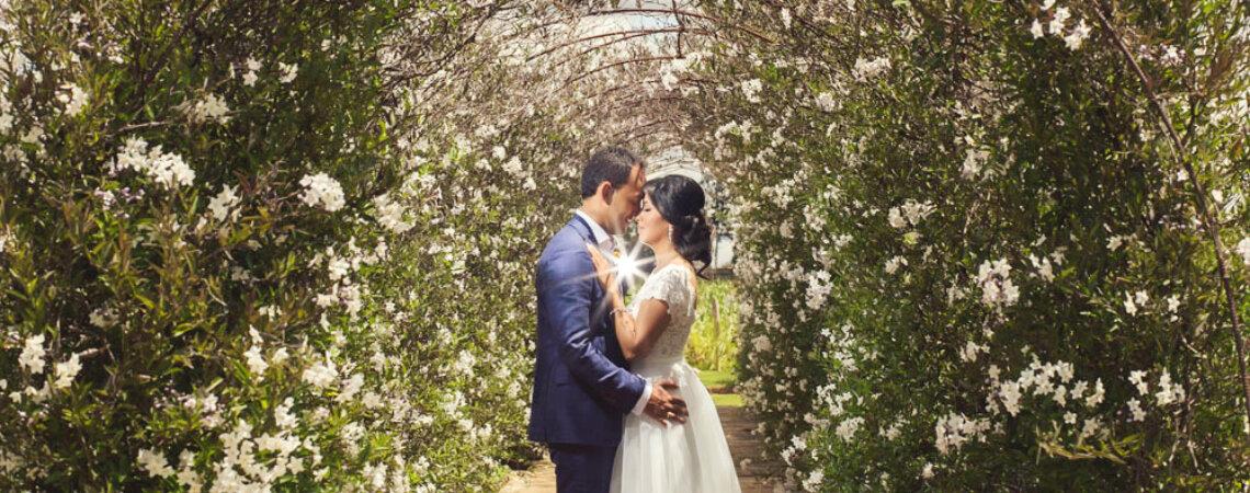 Del amor y muchos colores: la boda de Lorena y Pablo