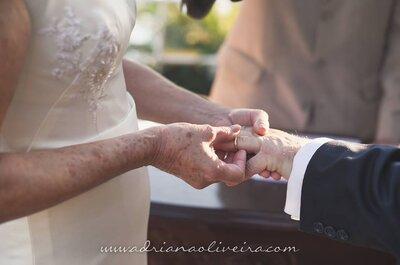 Casamento em casa de Olga & Ricardo: decoração LINDA com toques coloniais e clássicos!