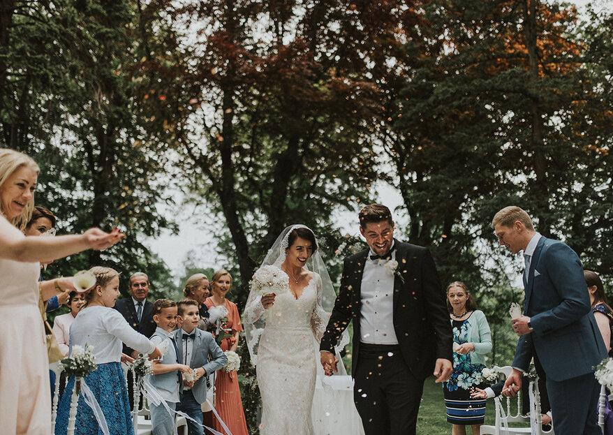 Plenerowy ślub Anny i Petera w hotelu Dębowym