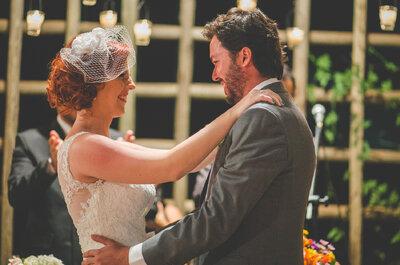 Casamento rústico multicolorido de Manu & Lucas em Ribeirão Preto: alegria e descontração
