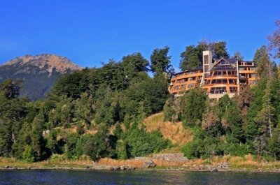 Honeymoon to Patagonia, Argentina: an hideout hotel blending rustic and modern design