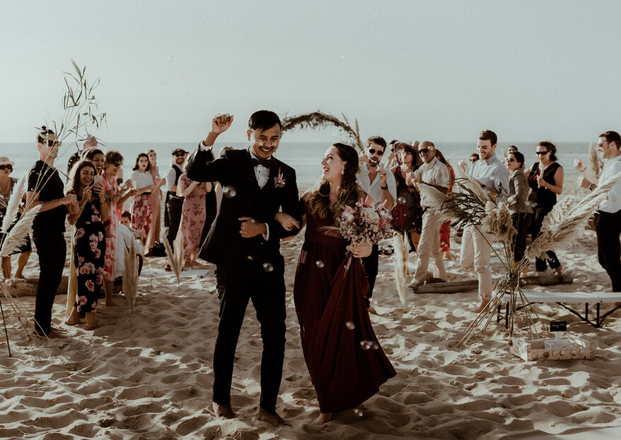 Claire et Thant Zin : leur jolie cérémonie sur la plage dans les Landes