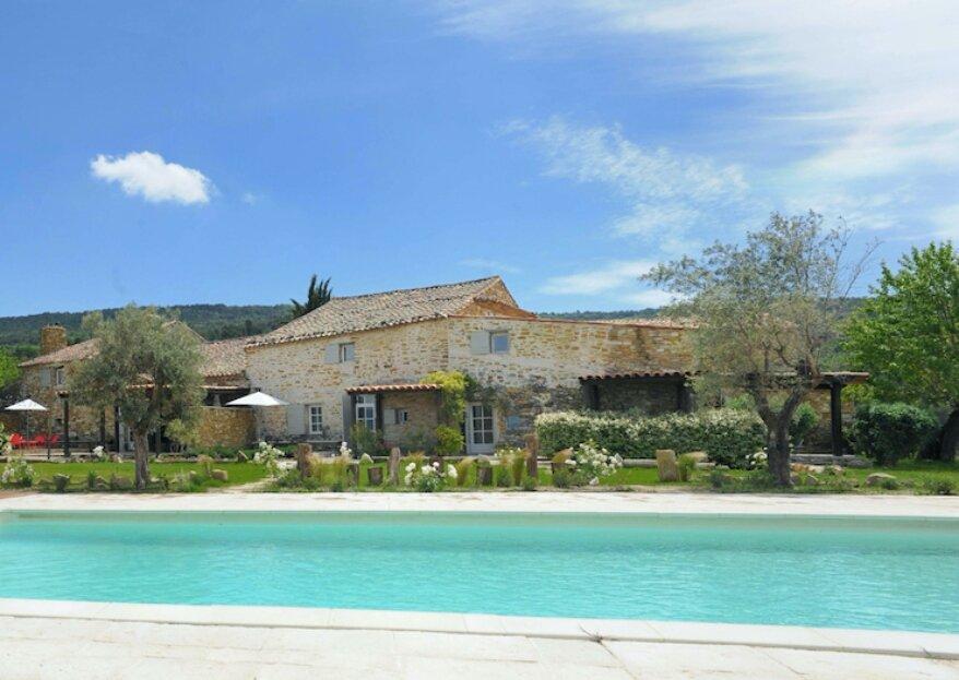 Le Clos du Tuilier : célébrez votre mariage dans un véritable petit village provençal