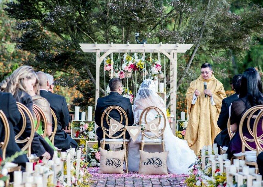 ¿Cómo decorar las sillas de tu boda? 8 grandes ideas para lucirte