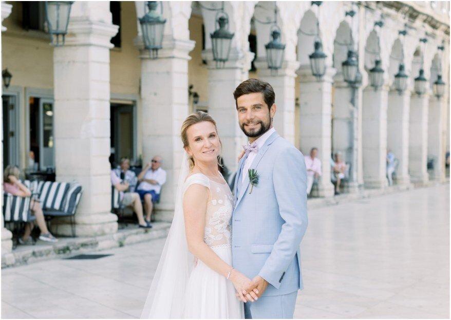Une rencontre extraordinaire pour un mariage grandiose célébré en Grèce : découvrez la cérémonie de Marine et Bruno !