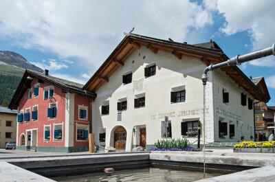 JA sagen zwischen Bergen und Fluss - Das Hotel Chesa Rosatsch macht es möglich!